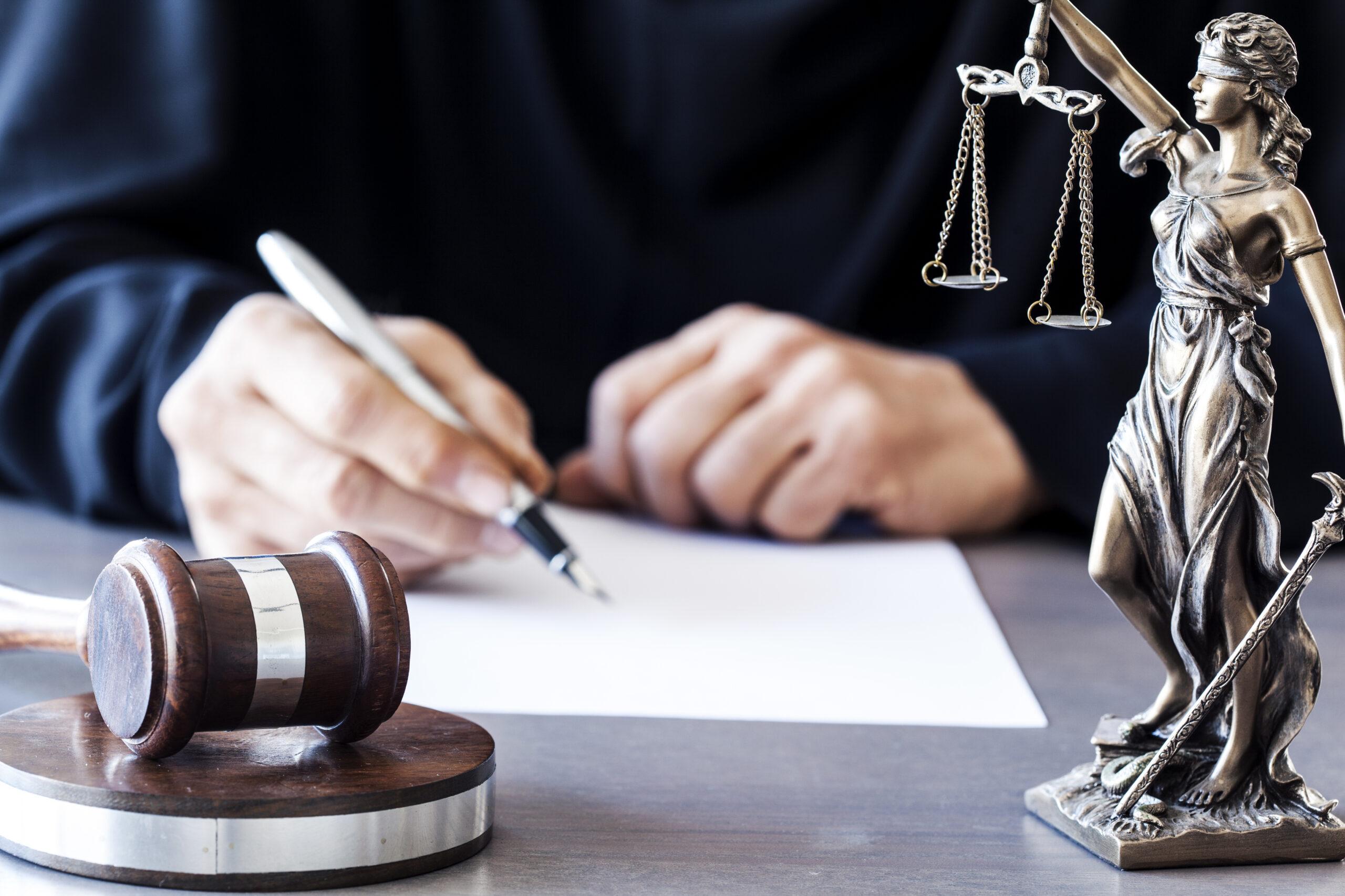 Судимость как препятствие для иммиграции