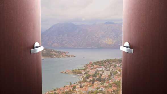 Черногория ждет гостей из России