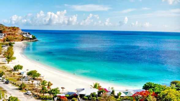 В Антигуа и Барбуда намерены увеличить количество инвестиционных программ