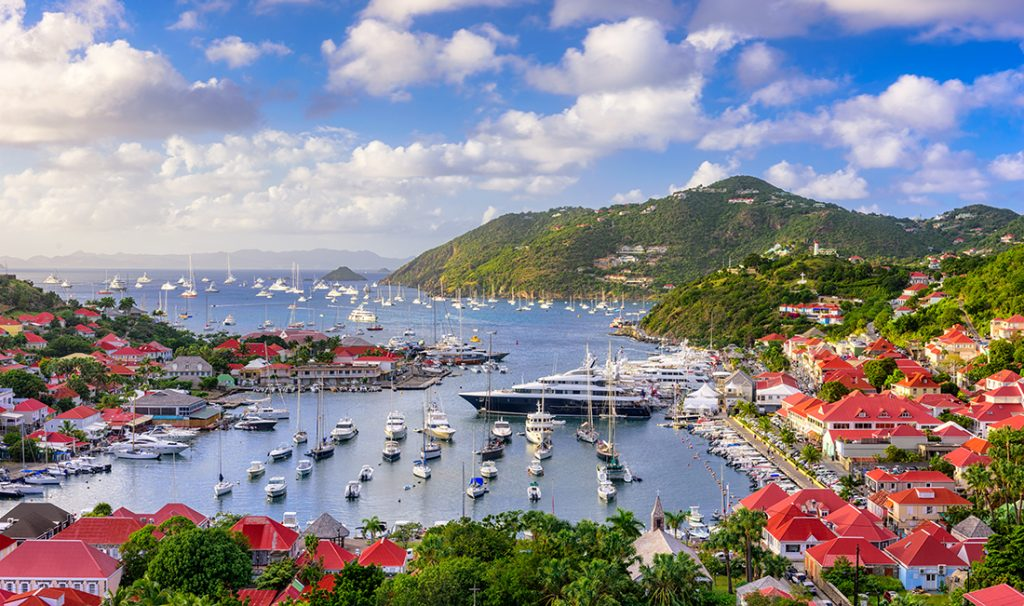Как быстро оформляют паспорт на Карибах и Вануату