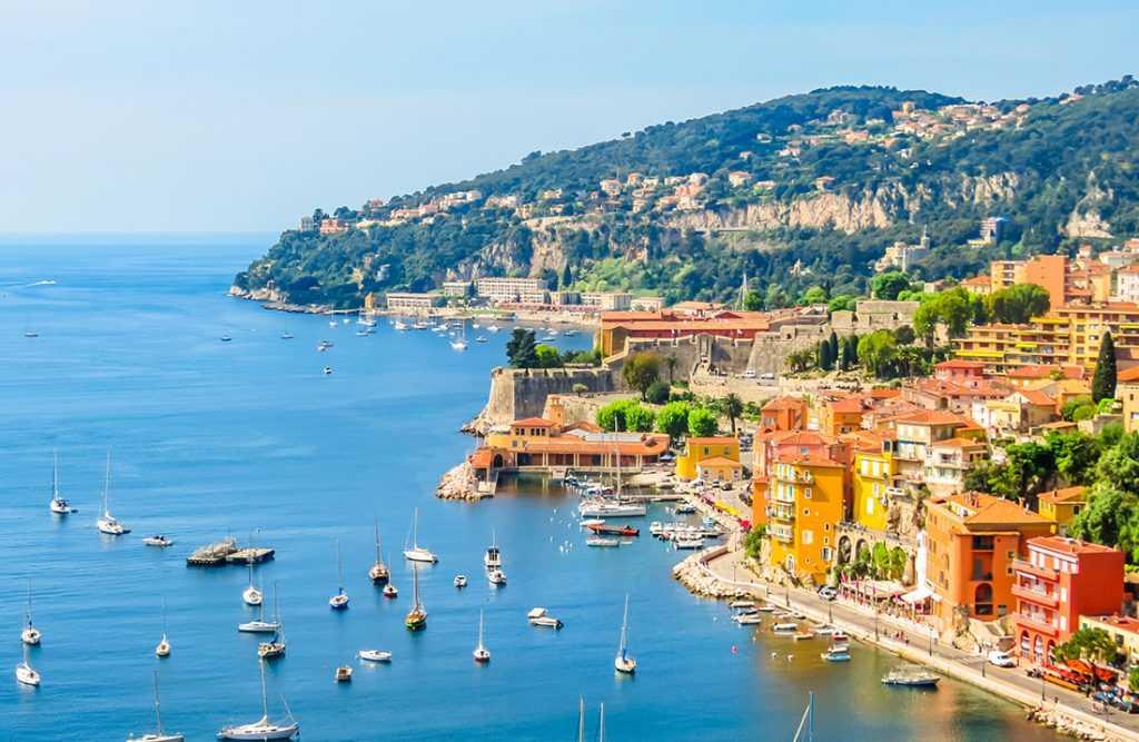 Французская недвижимость устояла в противостоянии с пандемией