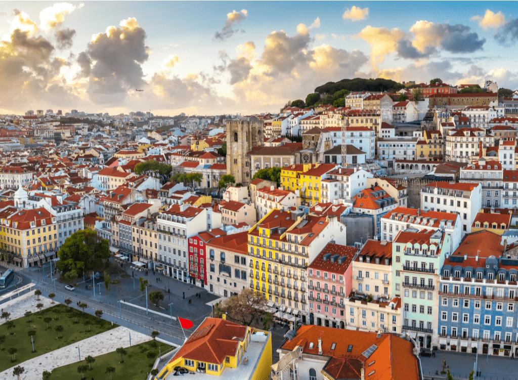 Жилье в Португалии